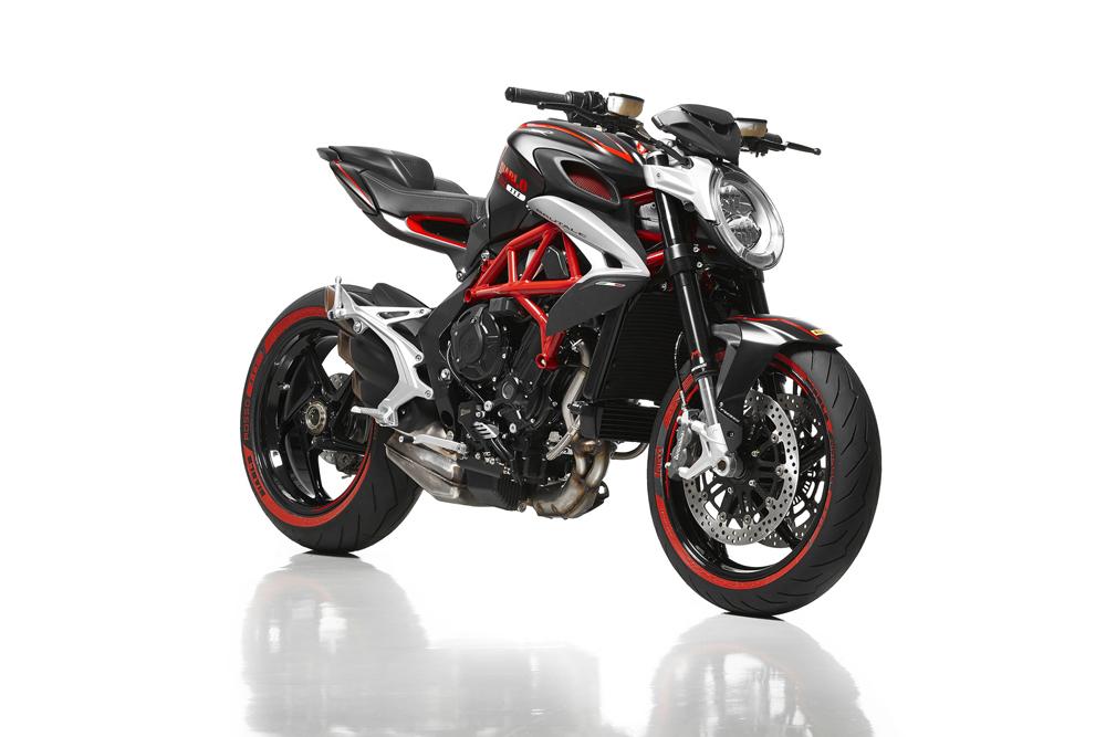 Брутальный мотоцикл 800 Diablo Rosso