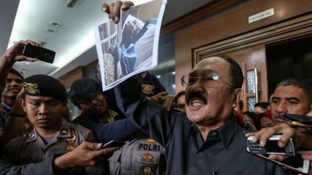 Naik Pitam! Begini Ancaman Fredrich Yunadi Setelah Eksepsinya Ditolak Hakim, Bilang: Kami Punya Hak Asasi Manusia