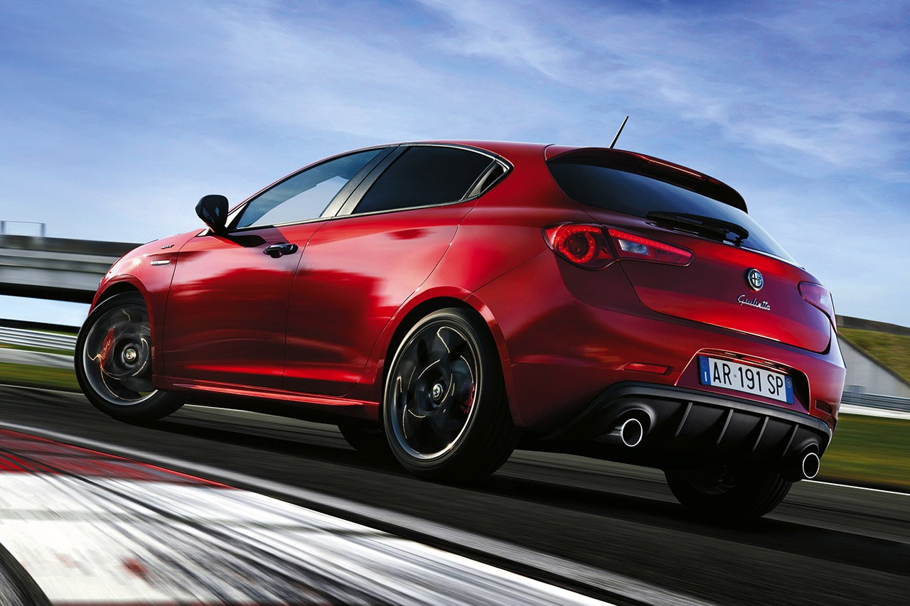 alfa romeo giulietta qv 2015 car auto review the car auto review. Black Bedroom Furniture Sets. Home Design Ideas