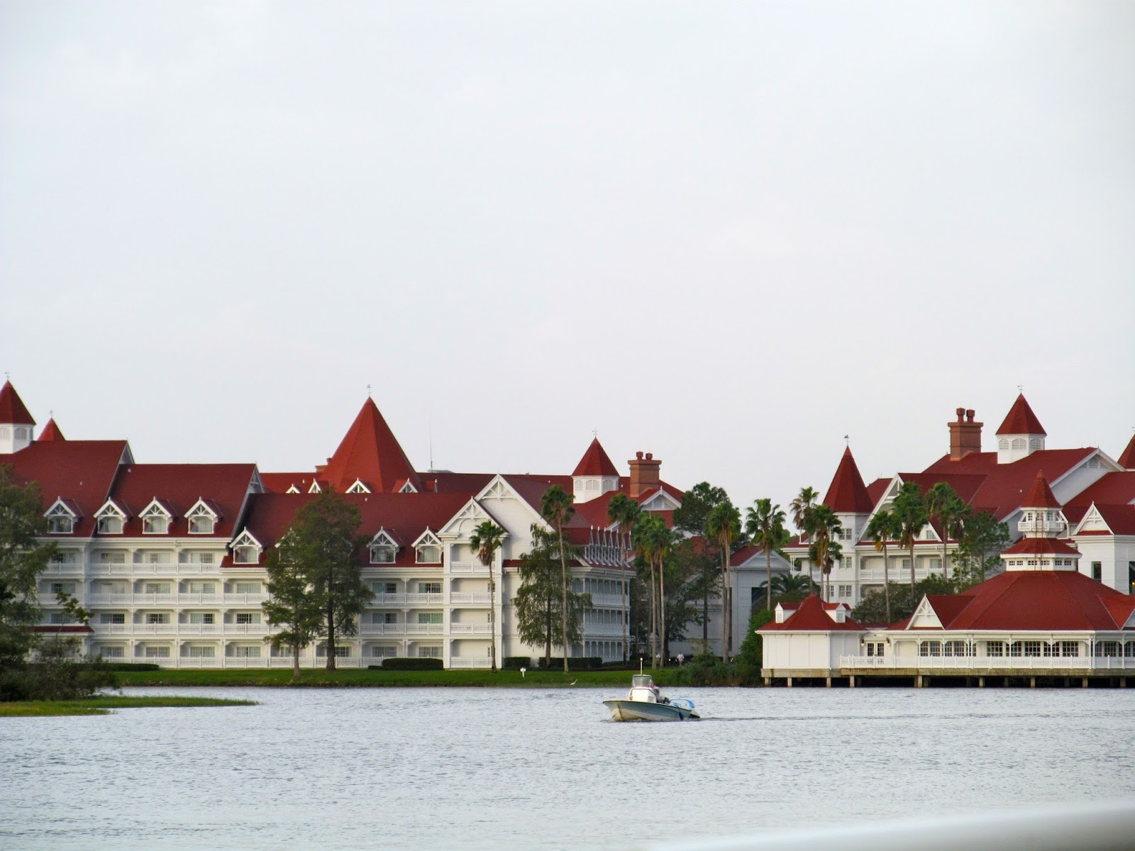 The Grand Floridian[ - Walt Disney World Resort - outoutdoortravels.blogspot.com