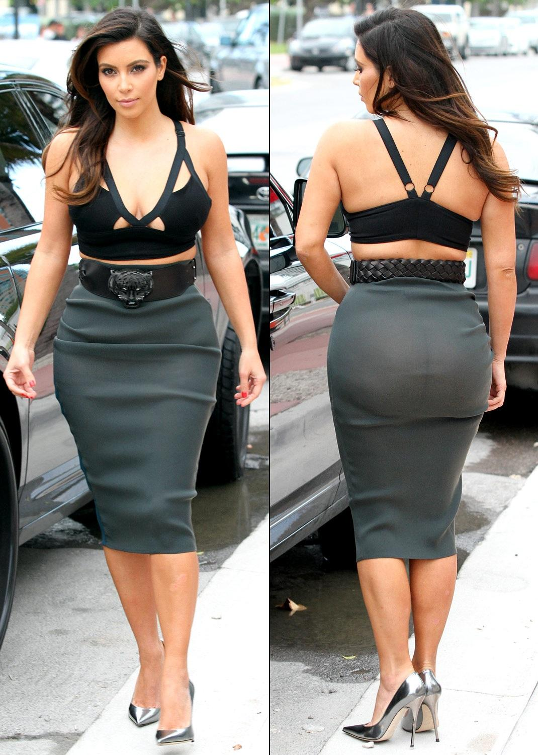 Kim Kardashian Height Weight Hip, Bra, Shoe, Dress Size