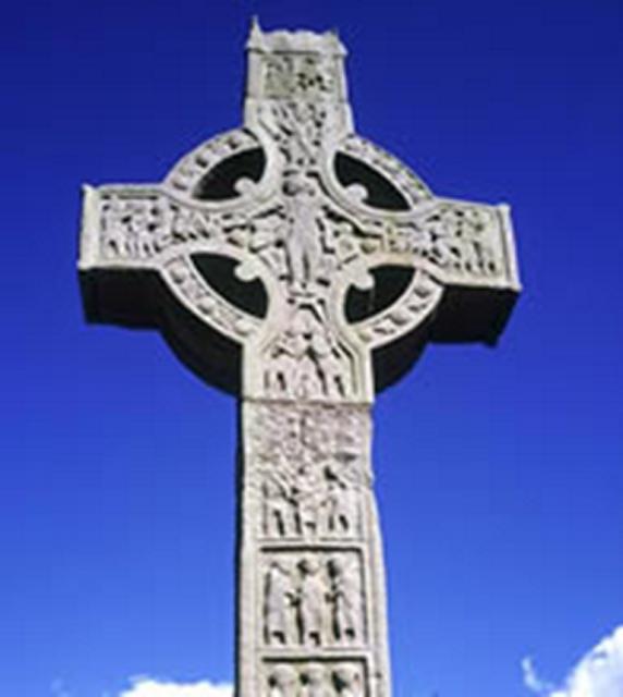f026c4b415f85 ... com o intuito de converter celtas irlandeses em cristãos