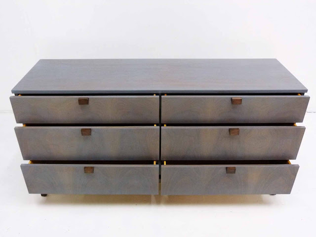 Milo Baughman For Directional 6-Drawer Mid-Century Modern Dresser Detail