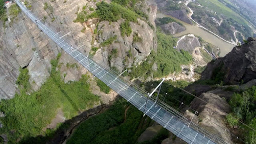 Haohan Qqiao Glass bridge - maior ponte de vidro suspensa