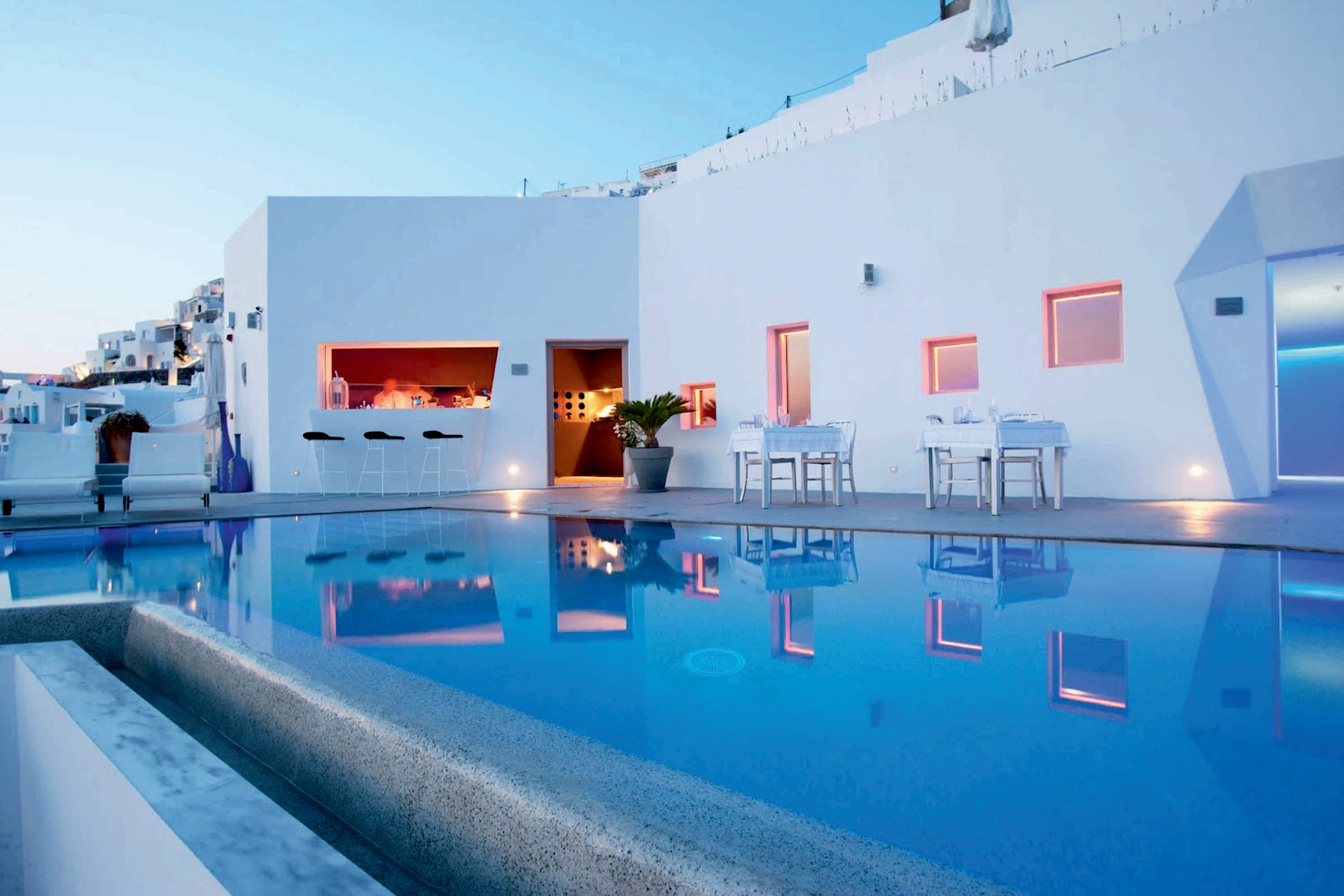 Grace santorini hotel by divercity architects a as for Design hotel greece