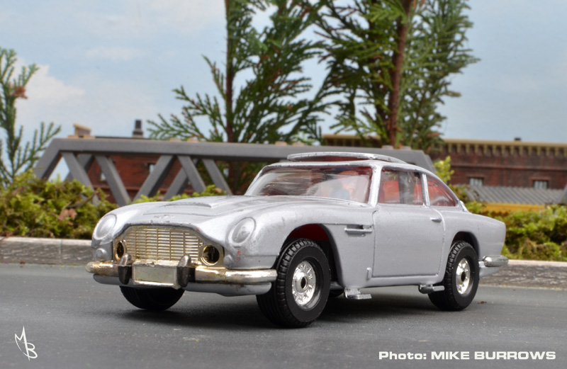 ... Meant A Brand New Retooled James Bond Aston Martin DB5 At A Larger 1/36  Scale Had Be Created   Enter The New And Not Necessarily Improved C271.