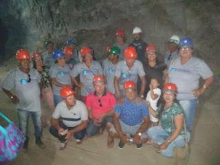 Programa vida ativa: Idosos de Serra dos Brandões visitam o Geossítio Mina Brejuí