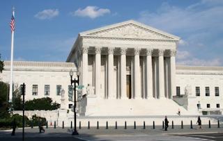 82% Of Law School Faculty Are Democrats