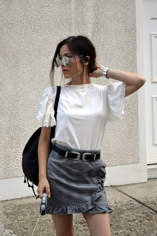 Outfit | Ruffles on top, ruffles on bottom