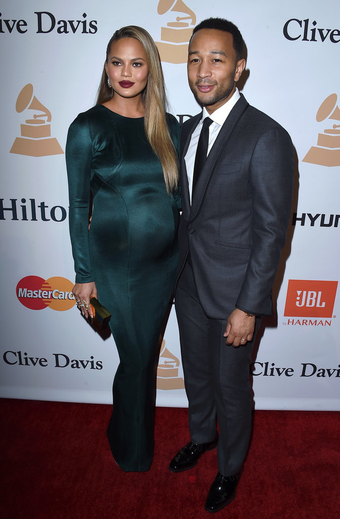 Chrissy Teigen's Sexiest Pregnancy Outfits