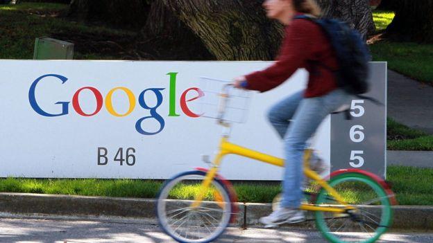 ¿Por qué Dinamarca creará la primera embajada digital del mundo para lidiar con Google, Facebook y otros gigantes tecnológicos?