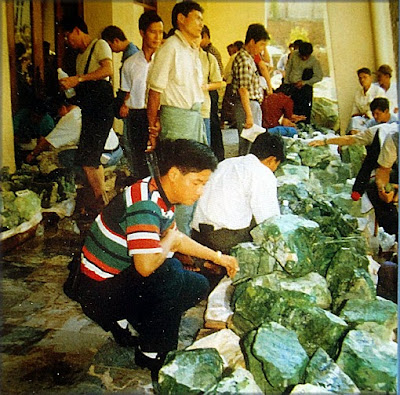 Selling raw jadeite is a vendors market since there is no other choice