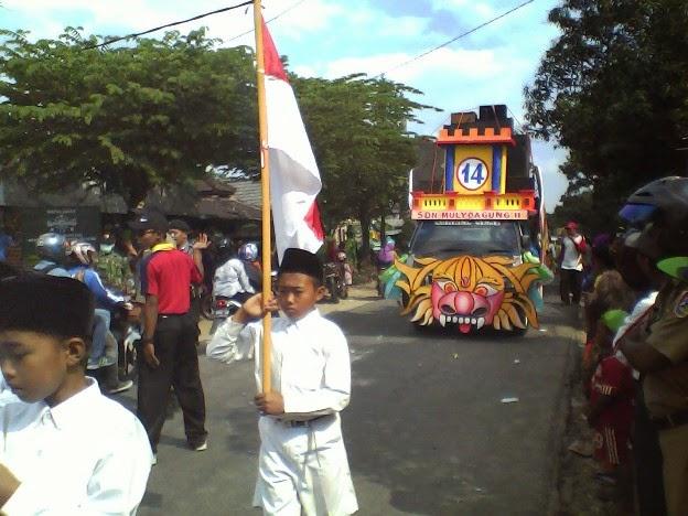 SDN Mulyoagung 2 pada festival Karnaval Singgahan Tuban