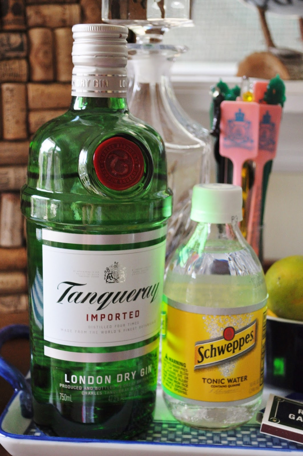 what do you mix tanqueray with