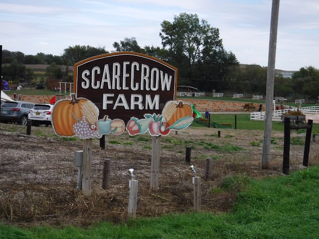 sign for scarecrow farm in lawton iowa