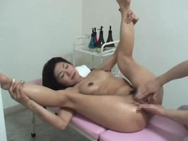 sexy girls fuck while sleeping video