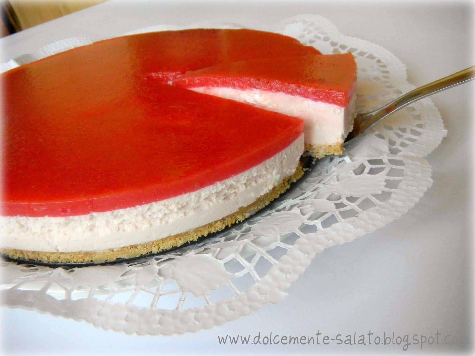 Amato DOLCEmente SALATO: Cheesecake alle fragole e cioccolato bianco QO89