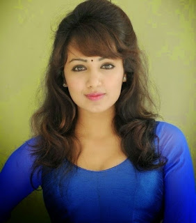 Hot real indian girl pic, charming real girl pic, College girl pic