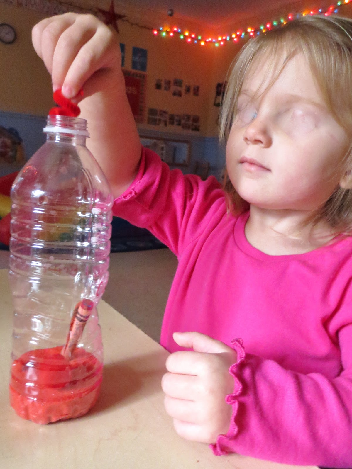 Princesses, Pies, & Preschool Pizzazz: Toddler Color Bottles