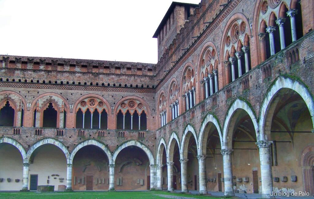 Qué visitar en Pavía castillo