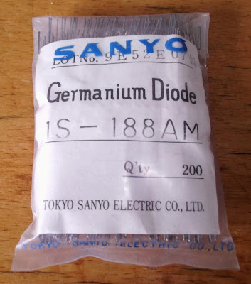 Image of a pack of 200 Sanyo 1S188AM Germanium diodes