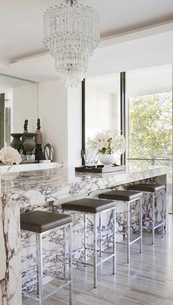 white modern kitchen decoration