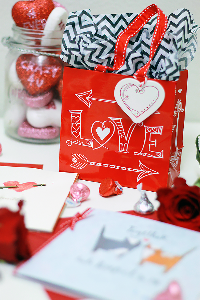 #PapyrusMoment: Valentine's Day Cards from Papyrus