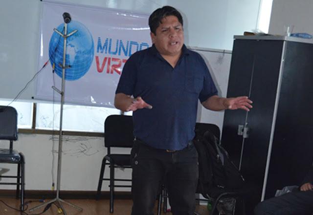 Grover Suntura, propietario de la firma Mundo Virtual