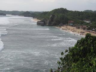 Pesona Keindahan Pantai Indrayanti Gunungkidul