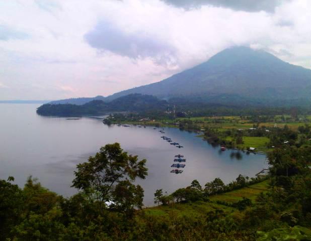 Danau Ranau Sumatera Selatan