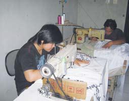 Pembuatan Kebaya Tasikmalaya