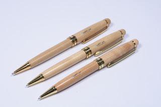 Những mẫu bút bi quà tặng quảng cáo đẹp 3