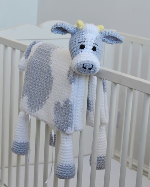 Cuddle & Play Cow Baby Blanket - Crochet Pattern