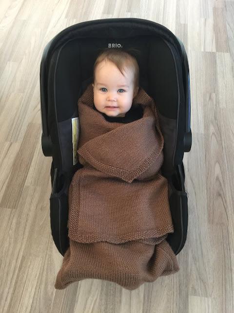 opskrift på strikket kørepose til baby