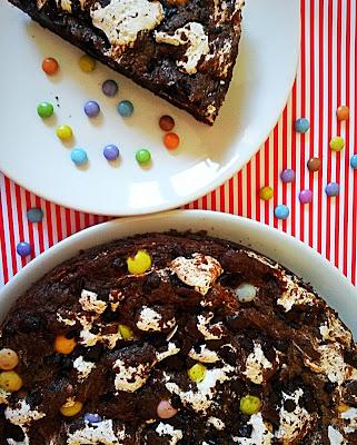 Riesen Schokoladencookie mit Marshmellowfluff