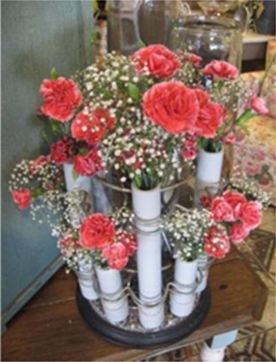 Vas bunga terbuat dari pipa PVC (paralon)