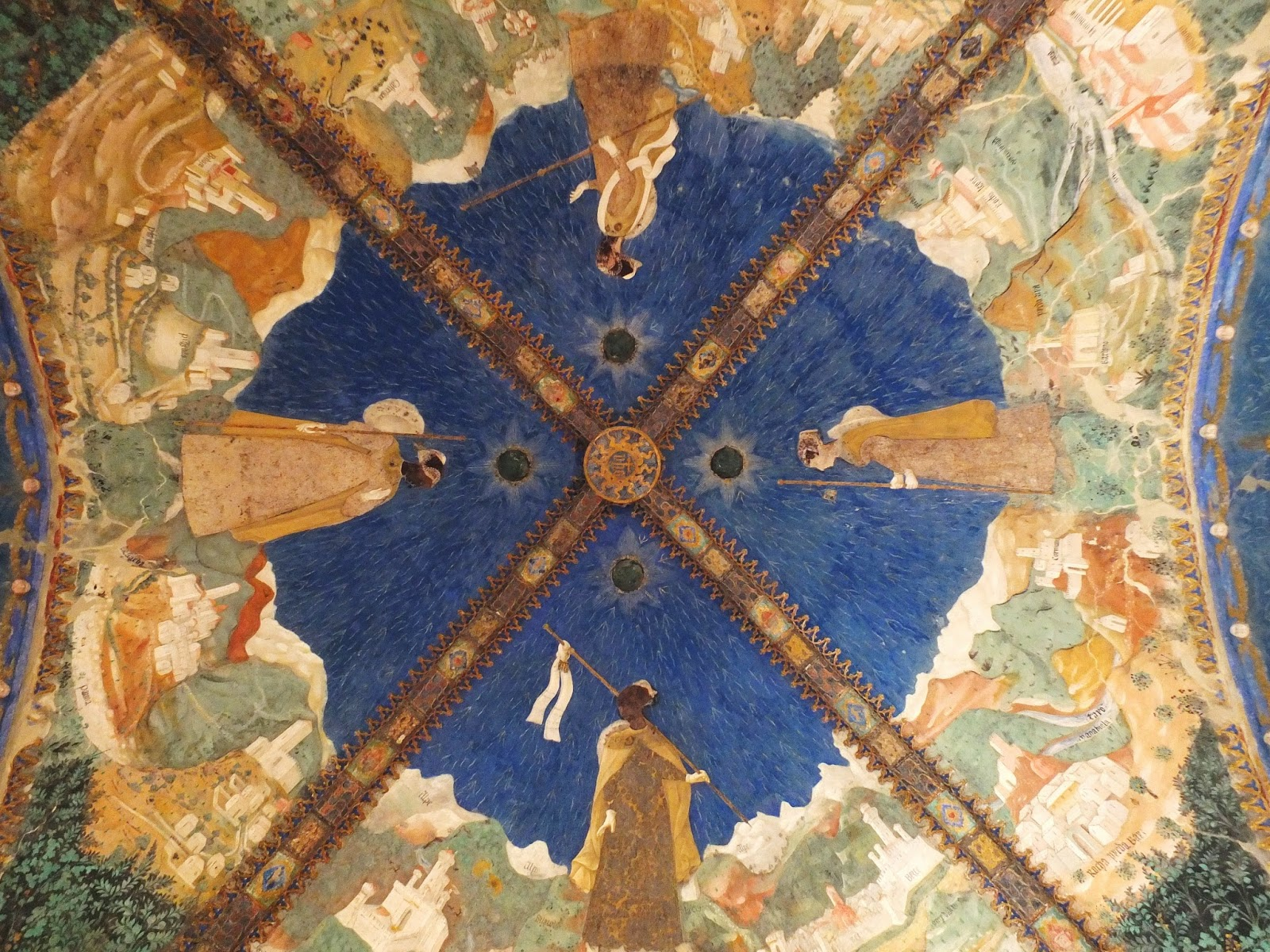 Ceiling of the Golden Room, Torrechiara Castle.