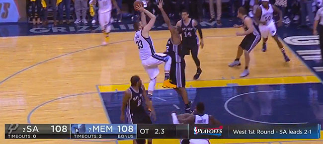 Marc Gasol's Game-Winner Caps Off WILD Finish in Memphis vs Spurs (VIDEO)