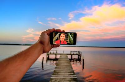 Pria yang Gemar Selfie Punya Potensi Psikopat