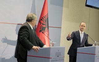 Γιατί ζητά η Αλβανία διευθέτηση των χερσαίων συνόρων μας;