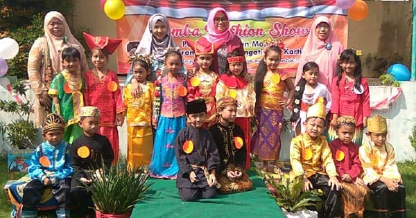 Hari kartini, lomba fashion show anak