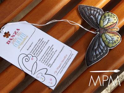 come fare farfalla di stoffa dipinta