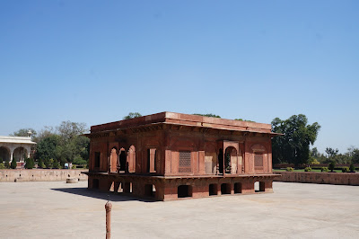 Taman air di Red fort