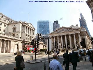 Fachada principal del edificio de la Bolsa de Valores de Londres