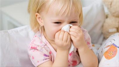 Những sai lầm nghiêm trọng khiến trẻ viêm xoang, viêm họng vào mùa lạnh