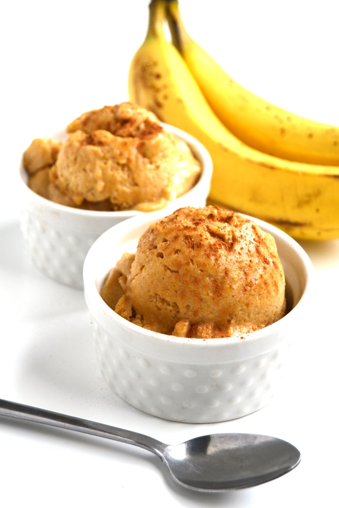 Pumpkin Spice Ice Cream has 6 simple ingredients, is much healthier than typical ice cream and takes 5 minutes to make! Nutrient packed with bananas, real pumpkin and protein! www.nutritionistreviews.com
