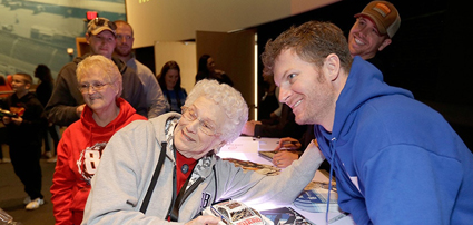 NASCAR Fan Appreciation Day Returns To The #NASCAR Hall of Fame