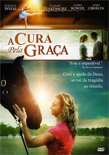Jovem mulher amansando um cavalo, imagem do filme A cura pela Graça, Dublado e Completo