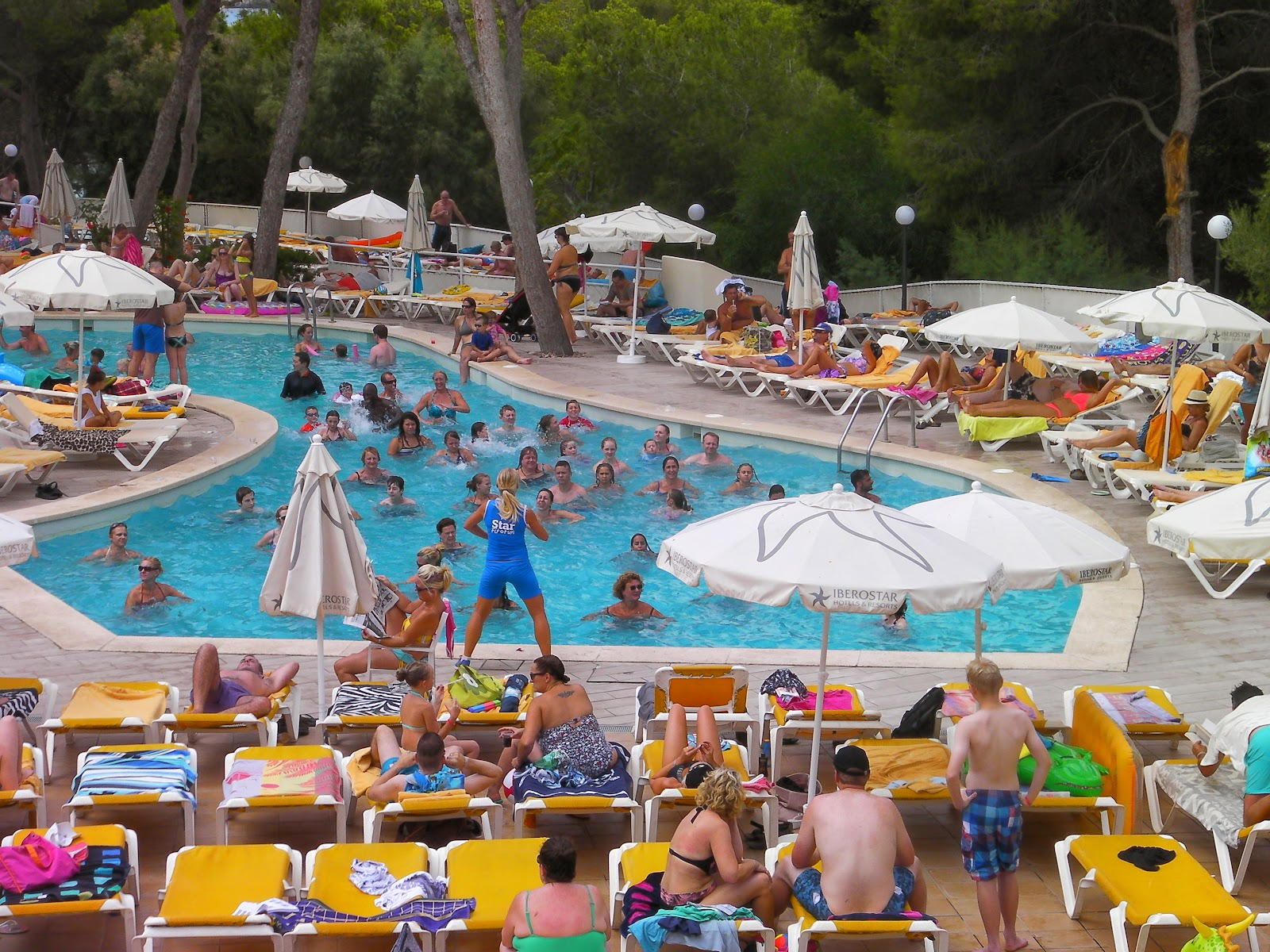 hotel activities in main pool majorcan holiday all inclusive