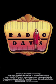 Días de radio<br><span class='font12 dBlock'><i>(Radio Days)</i></span>